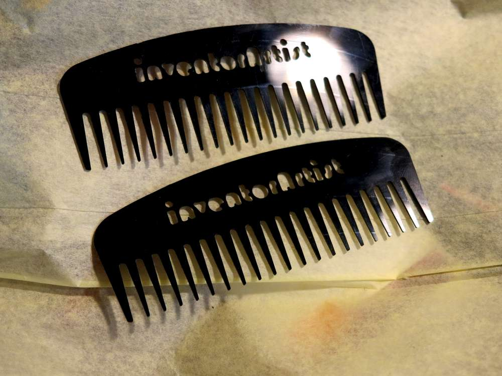 Inventorartist vinyl comb the small one is the size of a business card colourmoves