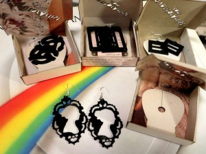 vinyl_earrings-1000